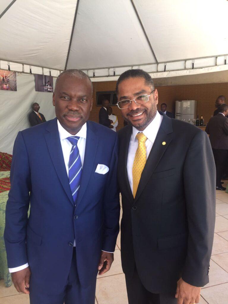 Marinho e embaixador de Angola